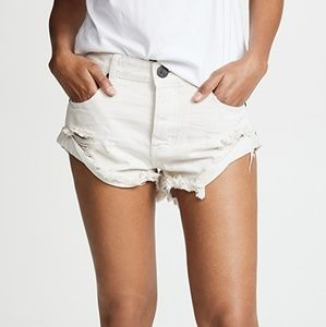 One Teaspoon Worn White Bandit Shorts